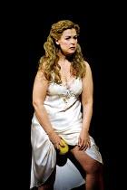 'LADY MACBETH OF MTSENSK' (Shostakovich)~Vivian Tierney (Katerina Ismailova)~English National Opera (ENO)/London Coliseum, London WC2  15/06/2001