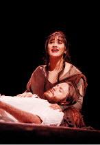 'JESUS CHRIST SUPERSTAR' / D21~Joanna Ampil (Mary Magdalene), Steve Balsamo (Jesus of Nazareth)~Lyceum Theatre  19/11/1996 ~(c) Donald Cooper/Photostage   photos@photostage.co.uk   ref/D21
