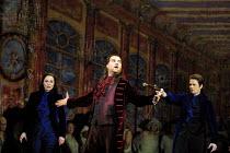 DON GIOVANNI  music: Mozart  libretto: da Ponte  conductor: Colin Davis  design: Maria Bjornson  lighting: Paul Pyant  director: Francesca Zambello ~l-r: Melanie Diener (Donna Elvira), Bryn Terfel (Do...