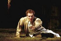 'RICHARD II' (Shakespeare),Ralph Fiennes (King Richard II),Almeida Theatre Company/Gainsborough Studios, London N1  12/04/2000,