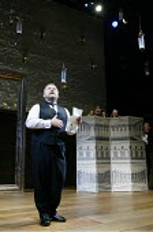 'TWELFTH NIGHT' (Shakespeare -  director: Sam Mendes)~Malvolio overheard: Simon Russell Beale (Malvolio)~Donmar Warehouse, London WC2           22/10/2002