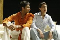 'TWELFTH NIGHT' (Shakespeare - director: Stephen Beresford)~Raza Jaffrey (Orsino), Shereen Martineau (Viola)~Albery Theatre, London WC2                 26/08/2004