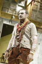 'TWELFTH NIGHT' (Shakespeare - director: Stephen Beresford)~Kulvinder Ghir (Feste)~Albery Theatre, London WC2                 26/08/2004