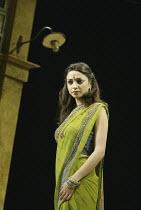 'TWELFTH NIGHT' (Shakespeare - director: Stephen Beresford)~Neha Dubey (Olivia)~Albery Theatre, London WC2                 26/08/2004