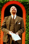 TWELFTH NIGHT by Shakespeare   director: Adrian Noble~centre: Philip Voss (Malvolio - with letter)~RSC / RST   Stratford-upon-Avon                 25/11/1997