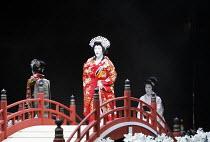 TWELFTH NIGHT   after Shakespeare   stage design: Yuichiro Kanai   lighting: Jiro Katsushiba   director: Yukio Ninagawa ~centre: Nakamura Tokizo V (Olivia)~Shochiku Grand Kabuki / bite09 / Barbican Th...