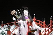 TWELFTH NIGHT   after Shakespeare   stage design: Yuichiro Kanai   lighting: Jiro Katsushiba   director: Yukio Ninagawa ~Nakamura Kanjaku V (Sir Andrew Aguecheek)~Shochiku Grand Kabuki / bite09 / Barb...