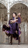 THE TAMING OF THE SHREW   by Shakespeare   design: Mike Britton   director: Toby Frow ~II/i: Samantha Spiro (Katherina), Simon Paisley Day (Petruchio) ~Shakespeare's Globe (SG), London SE1   04/07/201...