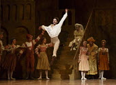 THE TAMING OF THE SHREW   after Shakespeare   choreography: John Cranko   music: Scarlatti  sets & costumes: Elisabeth Dalton ~Alexander Jones (Petruchio)~Stuttgart Ballet / Sadler's Wells (SW), Londo...