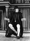 TWELFTH NIGHT by Shakespeare set design: C Walter Hodges costumes: Bernard Culshaw director: Frank Hauser Eric Porter (Malvolio)St. George's Theatre, London N7  21/04/1976 Donald Cooper/Photostage  ph...