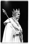 RICHARD II by ShakespeareRichard Pasco (Richard II)Royal Shakespeare Company (RSC), Royal Shakespeare Theatre, Stratford-upon-Avon, England  03/1971                       (C) Donald Cooper/Photostage...