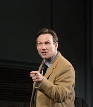 Christian Slater (Richard 'Ricky' Roma) in GLENGARRY GLEN ROSS by David Mamet opening at the Playhouse Theatre, London WC2 on 09/11/2017   design: Chiara Stephenson  lighting: Richard Howell  directo...