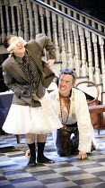 THE ALCHEMIST   by Ben Jonson   director: Nicholas Hytner,III/v - l-r: Bryan Dick (Dapper), Alex Jennings (Subtle, The Alchemist),Olivier Theatre / National Theatre, London SE1            14/09/2006,