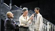 l-r: Simon Russell Beale (Face), Alex Jennings (Subtle, The Alchemist), Amit Shah (Abel Drugger) in THE ALCHEMIST by Ben Jonson at the Olivier Theatre, National Theatre (NT), London SE1 14/09/2006 ~de...