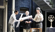 l-r: Amit Shah (Abel Drugger), Alex Jennings (Subtle, The Alchemist), Simon Russell Beale (Face) in THE ALCHEMIST by Ben Jonson at the Olivier Theatre, National Theatre (NT), London SE1 14/09/2006 ~de...