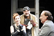 IV/i: Simon Russell Beale (Face), Lesley Manville (Dol Common), Ian Richardson (Sir Epicure Mammon) in THE ALCHEMIST by Ben Jonson at the Olivier Theatre, National Theatre (NT), London SE1 14/09/2006...