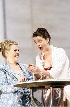 COSI FAN TUTTE   music by Mozart   libretto by da Ponte   conductor: Ivan Fischer   director: Nicholas Hytner,l-r: Miah Persson (Fiordiligi), Anke Vondung (Dorabella),Glyndebourne Festival Opera / Eas...