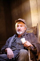 FOOL FOR LOVE   by Sam Shepard   director: Lindsay Posner,Larry Lamb (Old Man),Apollo Theatre, London W1          15/06/2006,