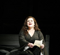 MACBETH   by Verdi   after Shakespeare   conductor: Yakov Kreizberg   director: Phyllida Lloyd,Violeta Urmana (Lady Macbeth),The Royal Opera / Covent Garden, London WC2                            18/0...