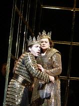 MACBETH   by Verdi   after Shakespeare   conductor: Yakov Kreizberg   director: Phyllida Lloyd,Thomas Hampson (Macbeth), Violeta Urmana (Lady Macbeth),The Royal Opera / Covent Garden, London WC2...