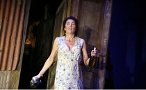 A MOON FOR THE MISBEGOTTEN   by Eugene O^Neill   director: Howard Davies,Eve Best (Josie),Old Vic Theatre, London SE1      26/09/2006,