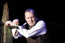 A MOON FOR THE MISBEGOTTEN   by Eugene O^Neill   director: Howard Davies,Kevin Spacey (Jim Tyrone),Old Vic Theatre, London SE1      26/09/2006,