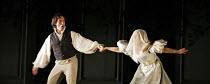 LE NOZZE DI FIGARO   (The Marriage of Figaro)   by Mozart   conductor: Colin Davis   original director: David McVicar   design: Tanya McCallin,Act IV: Kyle Ketelsen (Figaro), Isabel Bayrakdarian (Susa...