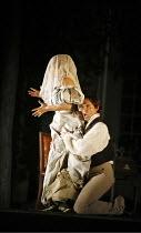 LE NOZZE DI FIGARO   (The Marriage of Figaro)   by Mozart   ,conductor: Colin Davis   original director: David McVicar   design: Tanya McCallin,Act IV: Isabel Bayrakdarian (Susanna), Kyle Ketelsen (Fi...