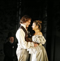 LE NOZZE DI FIGARO   (The Marriage of Figaro)   by Mozart   ,conductor: Colin Davis   original director: David McVicar   design: Tanya McCallin,Act IV: Kyle Ketelsen (Figaro), Isabel Bayrakdarian (Sus...