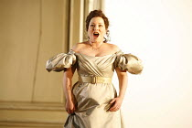 LE NOZZE DI FIGARO   (The Marriage of Figaro)   by Mozart   conductor: Antonio Pappano   director: David McVicar   design: Tanya McCallin,Dorothea R�schmann (Countess Almaviva),The Royal Opera / Coven...