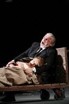 RIGOLETTO   by Verdi   conductor: Alexander Briger   original director: Jonathan Miller,Act III - final moments: Judith Howarth (Gilda), Alan Opie (Rigoletto),English National Opera / London Coliseum...