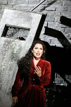 SALOME   by Richard Strauss   conductor: Kwame Ryan   director: David Leveaux ~Cheryl Barker (Salome) ~English National Opera (ENO), London Coliseum  WC2  19/10/2005 ~(c) Donald Cooper/Photostage   ph...