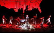 THE SEVEN DEADLY SINS   music: Kurt Weill   text: Bertolt Brecht   conductor: Roberto Minczuk   director: Francois Girard,centre: Gun-Brit Barkmin (Anna 1),Opera National de Lyon / Festival Theatre /...