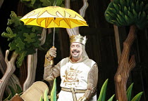 Monty Python^s SPAMALOT   ,book & lyrics: Eric Idle   music: John Du Prez & Eric Idle   director: Mike Nichols,Tim Curry (King Arthur),Palace Theatre, London W1         16/10/2006,