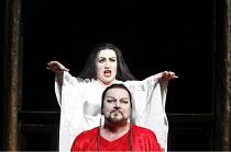 TURANDOT by Puccini - conductor: Stefan Soltesz  original director: Andrei Serban,Ben Heppner (Calaf), Georgina Lukacs (Turandot),The Royal Opera / Covent Garden   London WC2        07/07/2006,