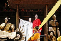 TURANDOT by Puccini - conductor: Stefan Soltesz  original director: Andrei Serban,centre: Georgina Lukacs (Turandot), Ben Heppner (Calaf),The Royal Opera / Covent Garden   London WC2        07/07/2006...