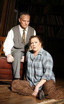 WHO^S AFRAID OF VIRGINIA WOOLF?   by Edward Albee   director: Anthony Page,Bill Irwin (George), Kathleen Turner (Martha),Apollo Theatre, London W1         31/01/2006  ,