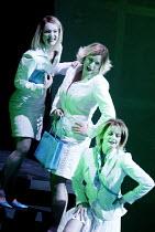 GOTTERDAMMERUNG (Wagner)~l-r: Marianne Andersen (Wellgunde), Inka Rinn (Woglinde), Leah Marian Jones (Flosshilde)~Scottish Opera / Festival Theatre, Edinburgh                  05/04/2003
