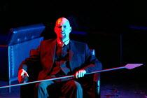 GOTTERDAMMERUNG (Wagner)~Mats Almgren (Hagen)~Scottish Opera / Festival Theatre, Edinburgh                  05/04/2003