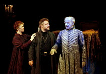 Hamlet 'sees' his father's ghost - l-r: Sara Kestelman (Gertrude), Simon Russell Beale (Hamlet, Prince of Denmark), Sylvester Morand (Hamlet's Father / Ghost) in  HAMLET by Shakespeare at the Lyttelto...