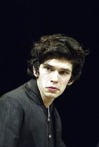 'HAMLET' (Shakespeare - director: Trevor Nunn   design: John Gunter   lighting: Paul Pyant)~Ben Whishaw (Hamlet)~The Old Vic, London SE1                        27/04/2004