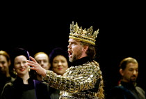'MACBETH ' (Verdi)~Anthony Michaels-Moore (Macbeth)~The Royal Opera/Covent Garden, London WC2                     13/06/2002