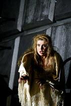 'MACBETH ' (Verdi)~Maria Guleghina (Lady Macbeth)~The Royal Opera/Covent Garden, London WC2                     13/06/2002