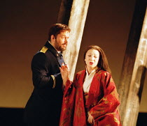 'MADAMA BUTTERFLY' (Puccini) Act I - Pinkerton is introduced to Butterfly: Ian Storey (Lt. B.F. Pinkerton), Natalia Dercho (Cio-Cio-San) Scottish Opera  05/12/2000