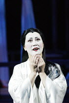 'MADAM BUTTERFLY' (Puccini)~Ai-Lan Zhu (Madam Butterfly)~Royal Albert Hall, London                         20/02/2003
