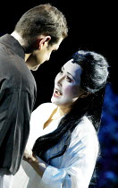 'MADAM BUTTERFLY' (Puccini)~Carlo Scibelli (Pinkerton), Ai-Lan Zhu (Madam Butterfly)~Royal Albert Hall, London                         20/02/2003