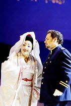 'MADAMA BUTTERFLY' (Puccini)~Cristina Gallardo-Domas ( Cio-Cio-San), Marco Berti (Pinkerton)~The Royal Opera / Covent Garden, London WC2           18/03/2003
