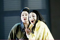 'MADAMA BUTTERFLY' (Puccini)~l-r: Enkelejda Shkosa (Suzuki), Cristina Gallardo-Domas ( Cio-Cio-San)~The Royal Opera / Covent Garden, London WC2           18/03/2003