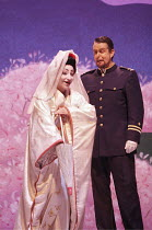 'MADAMA BUTTERFLY' (Puccini - conductor: Daniel Oren   directors: Moshe Leiser & Patrice Caurier),Cristina Gallardo-Domas ( Cio-Cio-San), Stephen O'Mara (B.F. Pinkerton),The Royal Opera / Covent Garde...