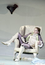 'THE MARRIAGE OF FIGARO' (Mozart - conductor: Paul McGrath   director: Matthew Richardson)~Doreen Curran (Cherubino)~Savoy Opera / Savoy Theatre, London WC2                   16/04/2004